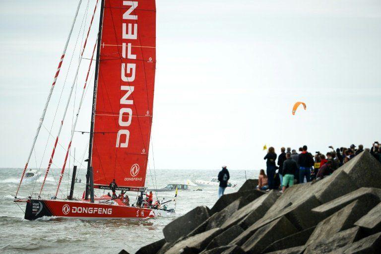 El barco chino Dongfeng gana la Volvo Ocean Race por delante del español MAPFRE