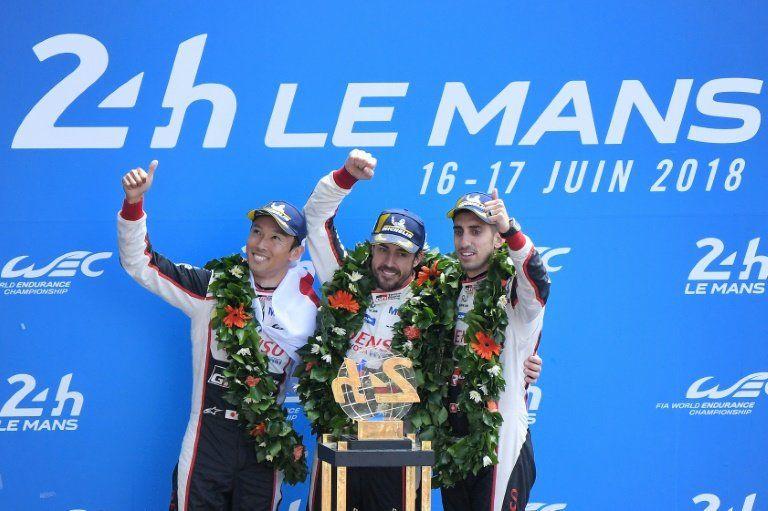 Alonso se felicita por un día importante, quizá histórico tras ganar 24 Horas de Le Mans