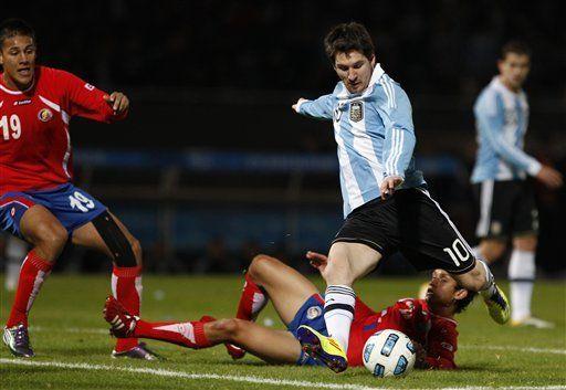América: Argentina golea 3-0 a Costa Rica; 2 de Agüero