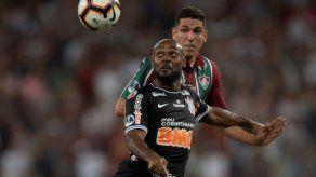 Corinthians empata 1-1 en su visita al Flu y pasa a semifinales de Sudamericana