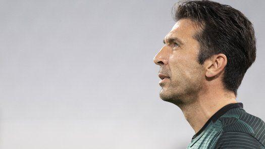 Buffon regresa al Parma 20 años después de su último partido