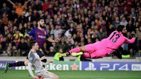 Messi acerca al Barcelona a la final de Champions