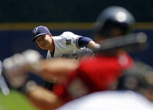 MLB: Cerveceros 5, Astros 2; Parra gana al fin